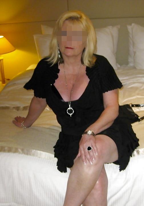 Michelle, femme cougar cherche jeune puceau sur Rennes