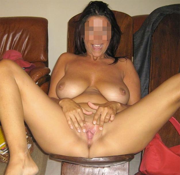 Webcam cougar sexy à gros seins